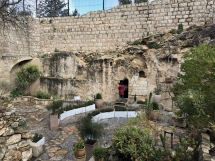 1916 The Garden Tomb Israel-2019